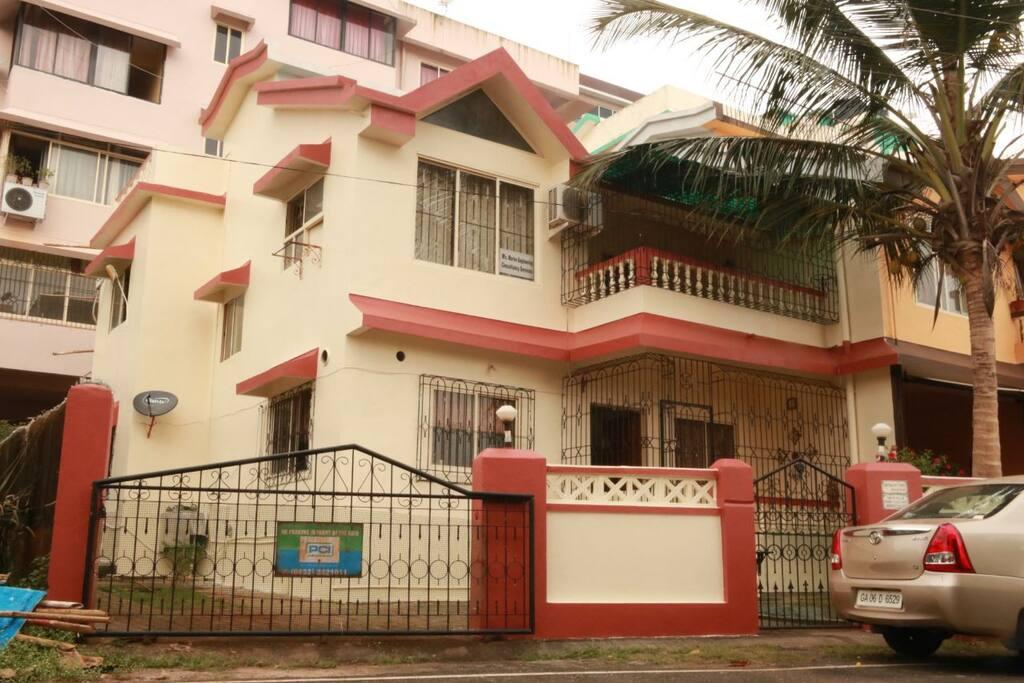 Row villa 6 Facade