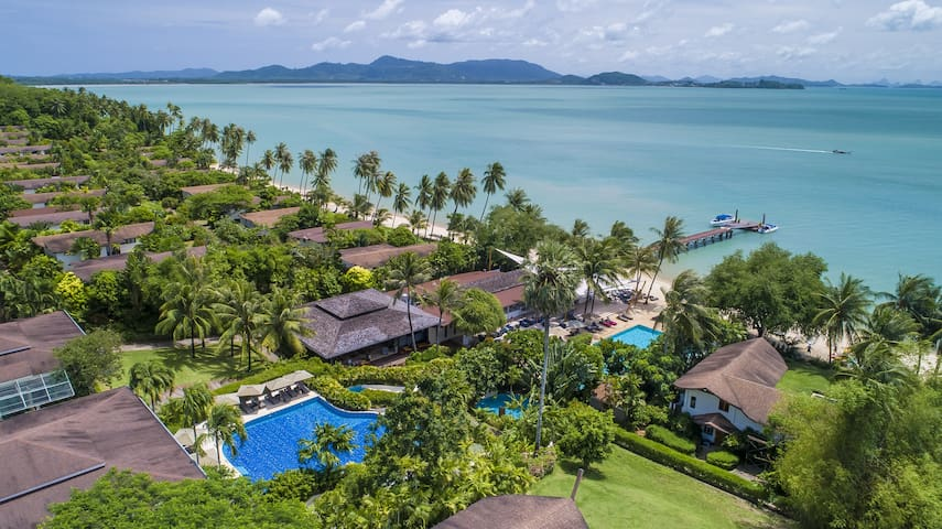 Coconut Island 5 Bedroom Beachfront Pool Villa