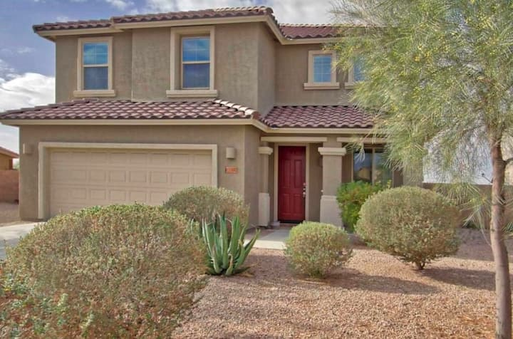 Private bed and bath in large Marana, AZ home
