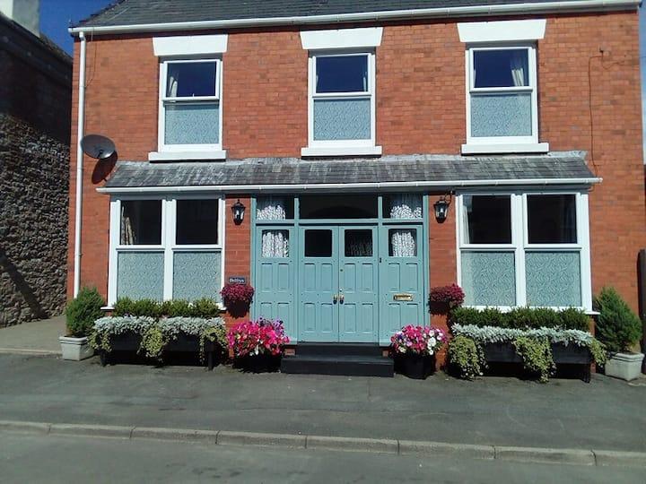 Caerwys Townhouse B & B guest accommodation