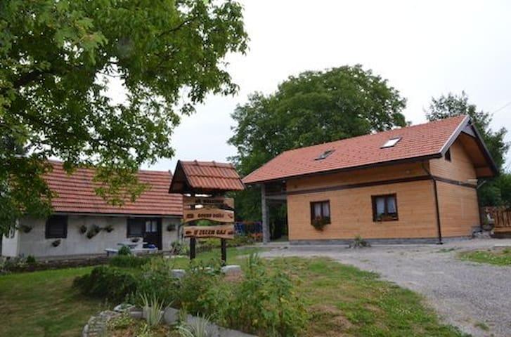 Country House/Cabin Cindric Gaj - Josipdol - Huis