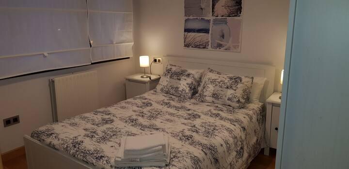 Apartamento para 4 centro de Oviedo y garaje