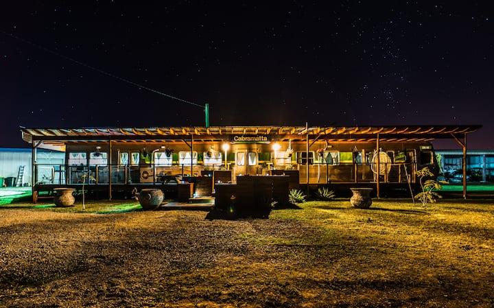 Train Carriage Farmstay Woodburn