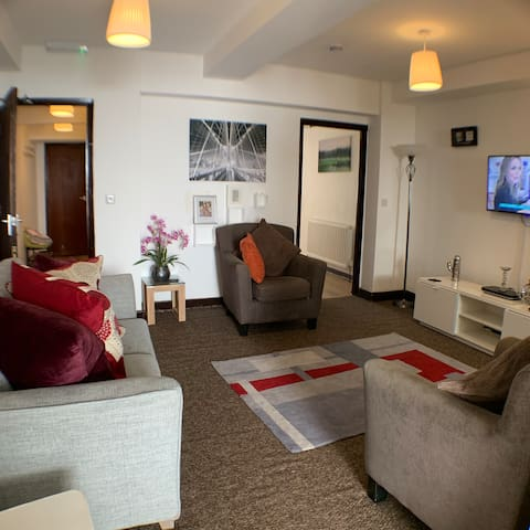 Cardigan House:Cozy 1 Bedr London LutonAirport /M1