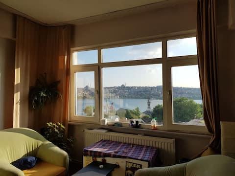 Beyoğlu / Unique Goldenhorn View