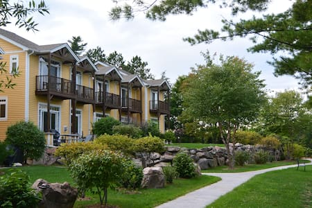 Executive Condo Rental on Anstruther Lake, Apsley - Apsley