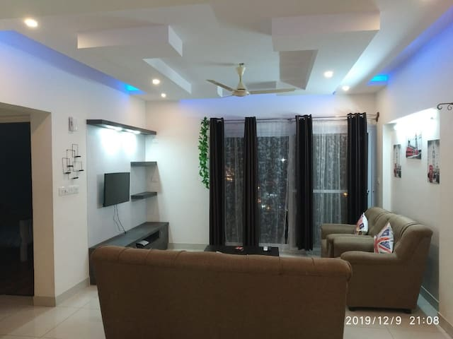 Sunshine Private room out of 5 bhk