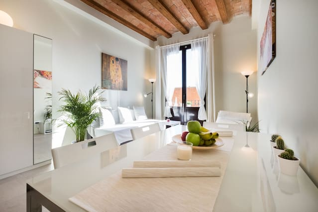 Nagelneue Luxuswohnung Inkl Küche E Geräte Höchster Luxus