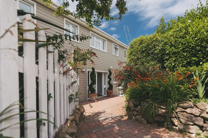 12 Porthminster - two bed