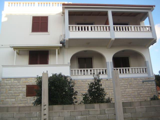 Apartment Dragi A2(2) Maslinica, Island Solta