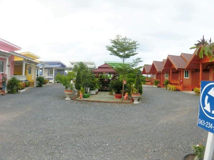 ปานรักษา รีสอร์ท ลพบุรี Panrasgsa Resort Lupburi