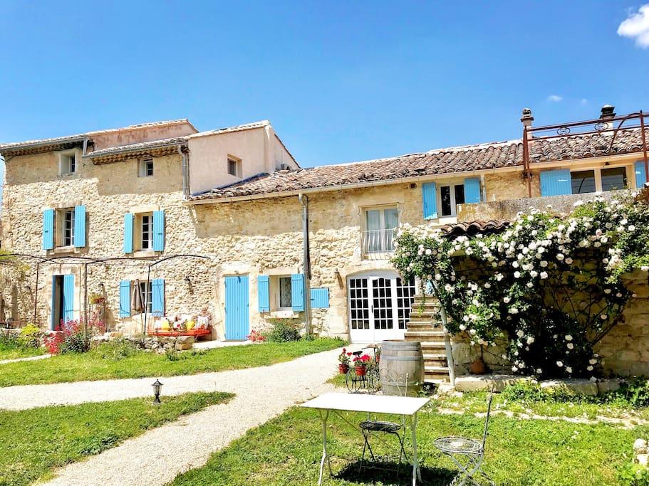 Façade of Domaine de La Brave - Spring view