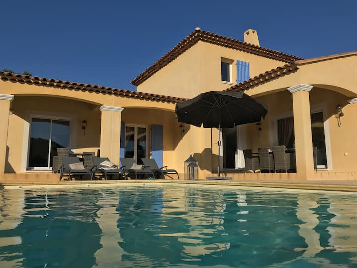 Villa into wine-yards - Booking Sunday - Sunday