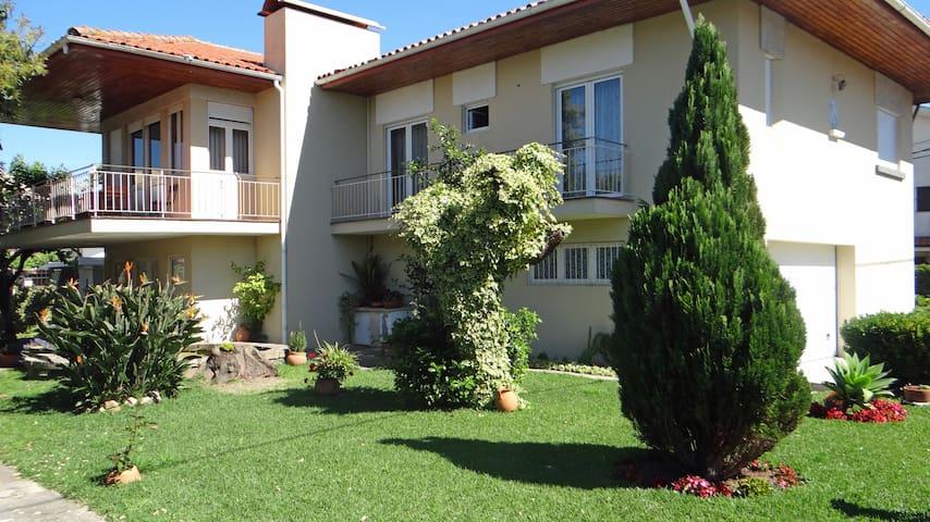 THE FARM VILLA 8 pax - Porto, PT - Matosinhos - House