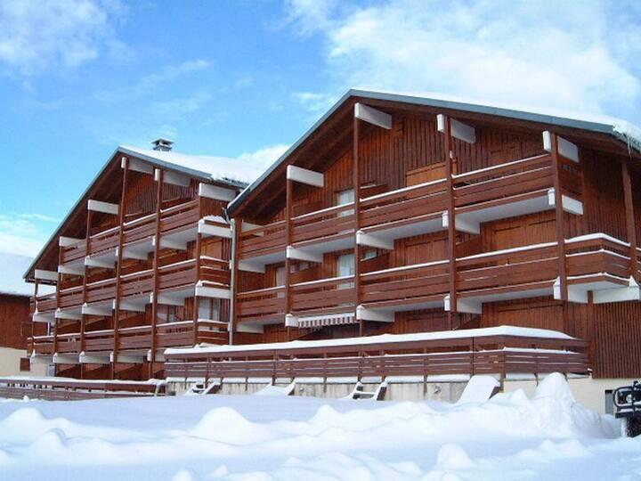 Les saisies Centre, studio avec grande terrasse