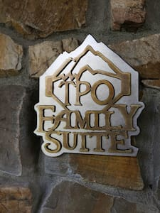 Guest Lodge Apartment (Sleeps 4-8) - Victor