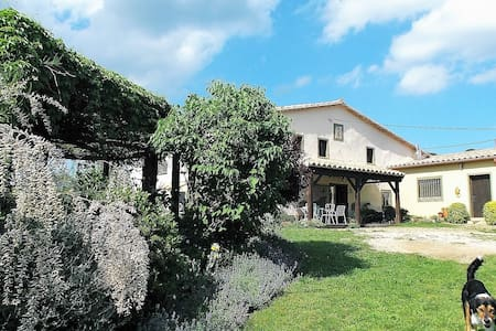 Can Torras Farmhouse Cottage and space to roam