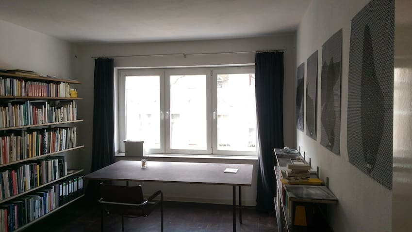 BEAUTIFUL AND COSY FLAT IN BILK, CENTRAL + BALCONY