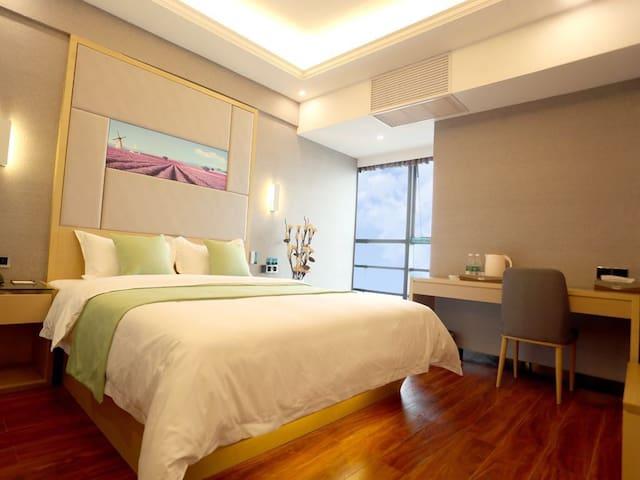 涪陵高笋塘泽胜双子塔精装大床房