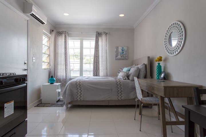 Serenity Studio - Nassau - Lägenhet