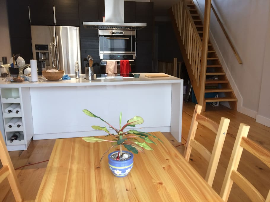 Plenty of storage in large kitchen/diningroom area.