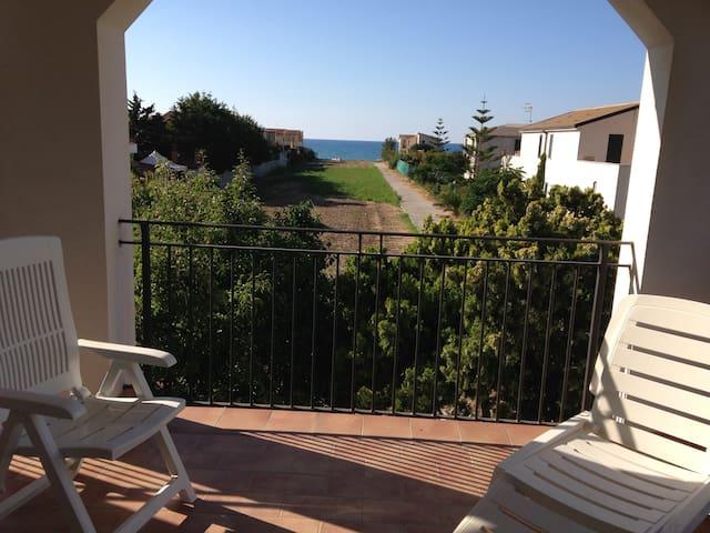 Appartamenti Aguglia  Sicilia - Campofelice di Roccella - อพาร์ทเมนท์