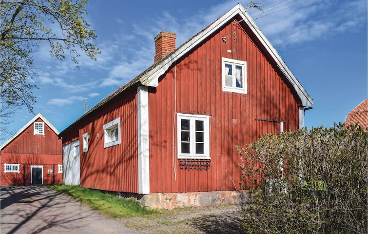 Holiday cottage with 1 bedroom on 40m² in Ljungbyholm