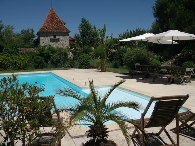 Le Bourdieu de Combarrau - Lectoure - วิลล่า