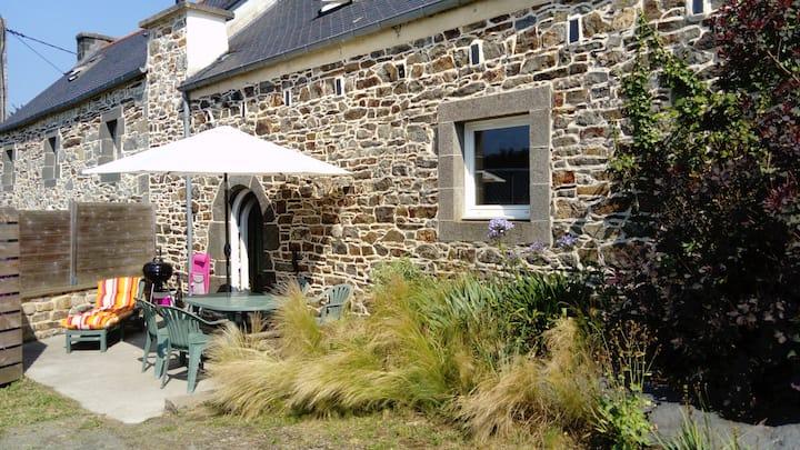 Maison bretonne à la campagne