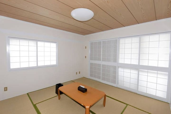 "Sharehouse convenient near Naha! Share house ""A ro - Urasoe-shi - Talo"