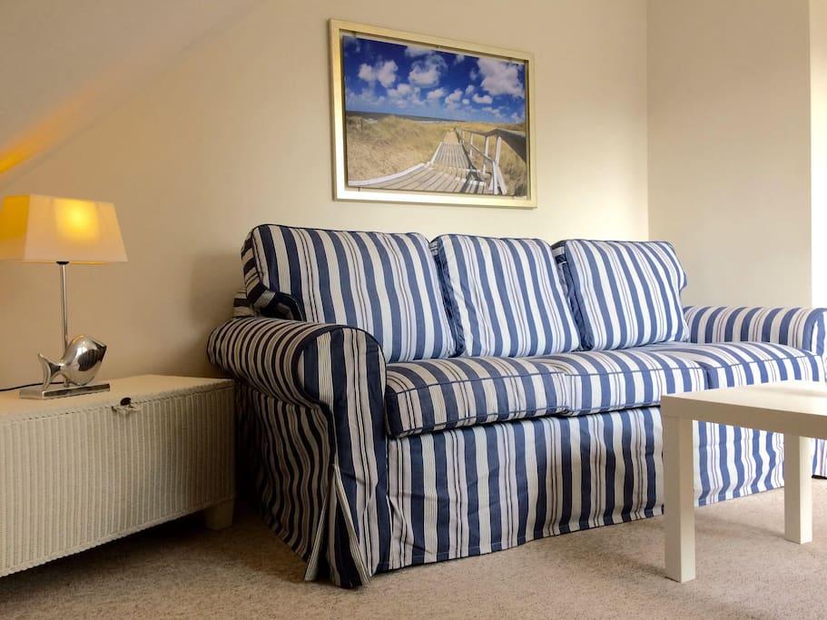 Wohnbereich mit Schlafcouch (160 cm breit)