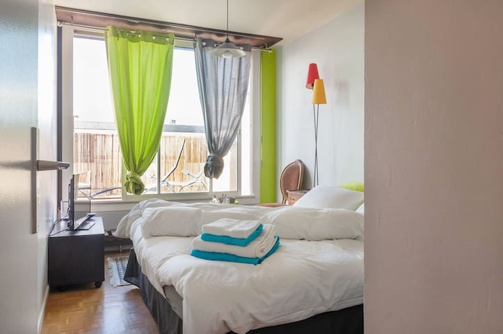 Chambre avec terrasse à Versaillles