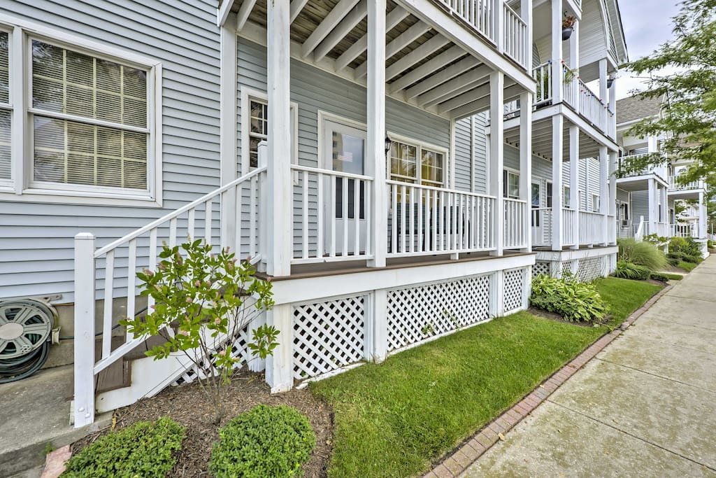 The home gives you easy access to the beach and nightlife of Atlantic City!