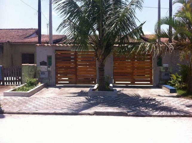 Alugo Casa em Mongaguá - Balneário Flórida Mirim - Mongaguá