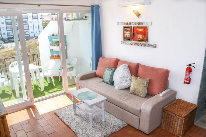 Casa Bambu Luz 200 meters from the sea!