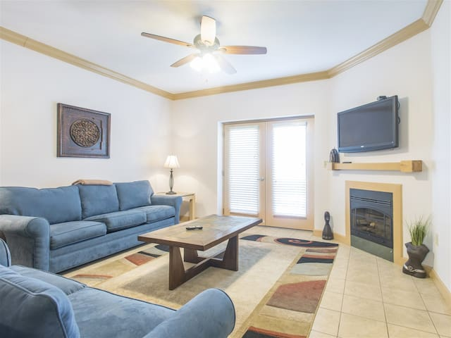 Mountain View Condos - Unit 1402