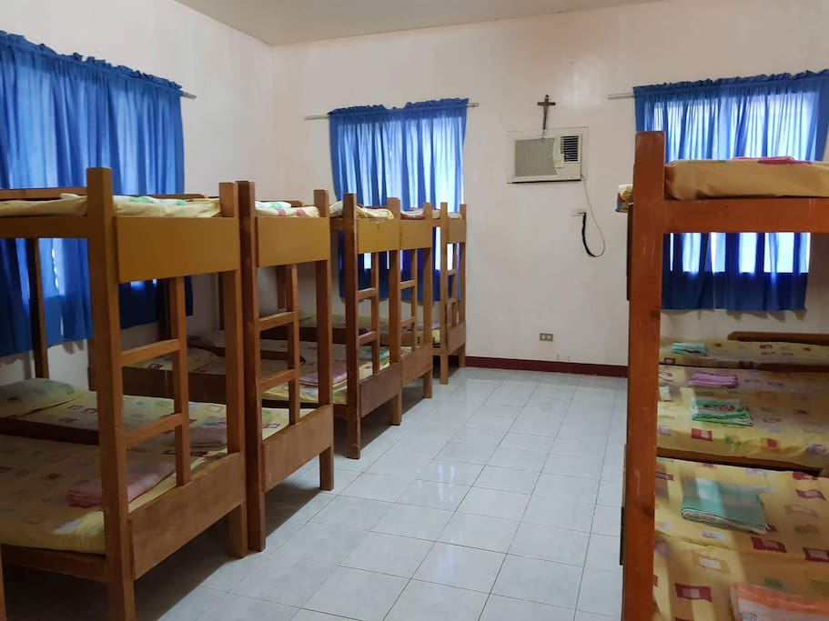 10 Bunk beds and can accomodate 20 guests @ Php300 only