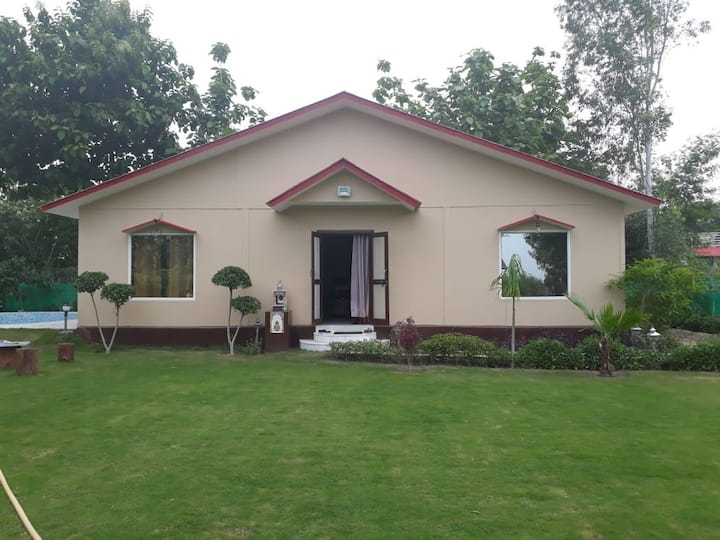 Lush green furnished farm house in heart of Noida