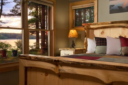 Wolf Cove Inn : Eagle's Nest Cabin
