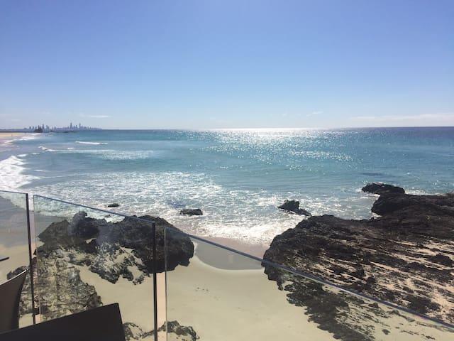 Kirra Beach Gold Coast - Gold Coast - Flat