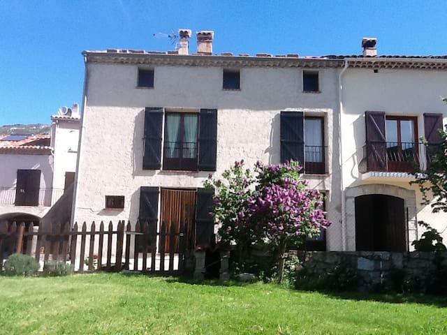 Appartement à la campagne - Comps-sur-Artuby