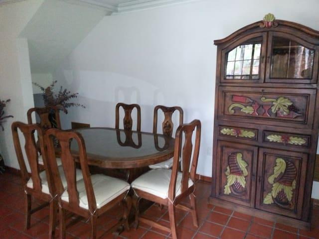 Colonial Cuernavaca en condominio Alberca &Jardin.