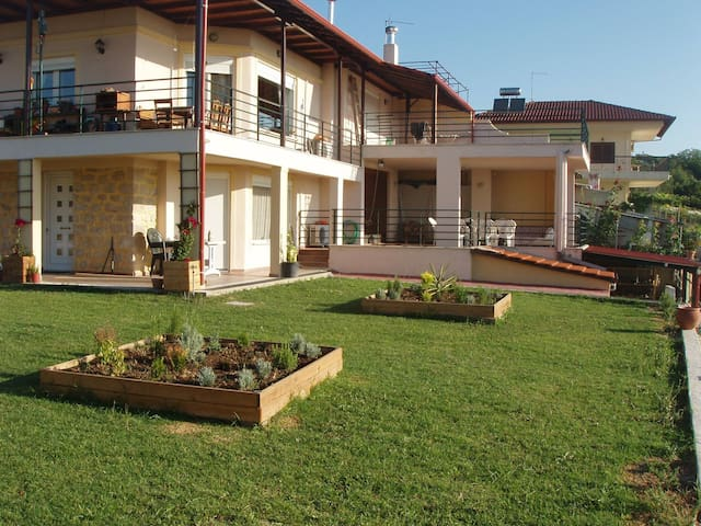 SEVASTI COUNTRY HOUSE - Sevasti - Apartment