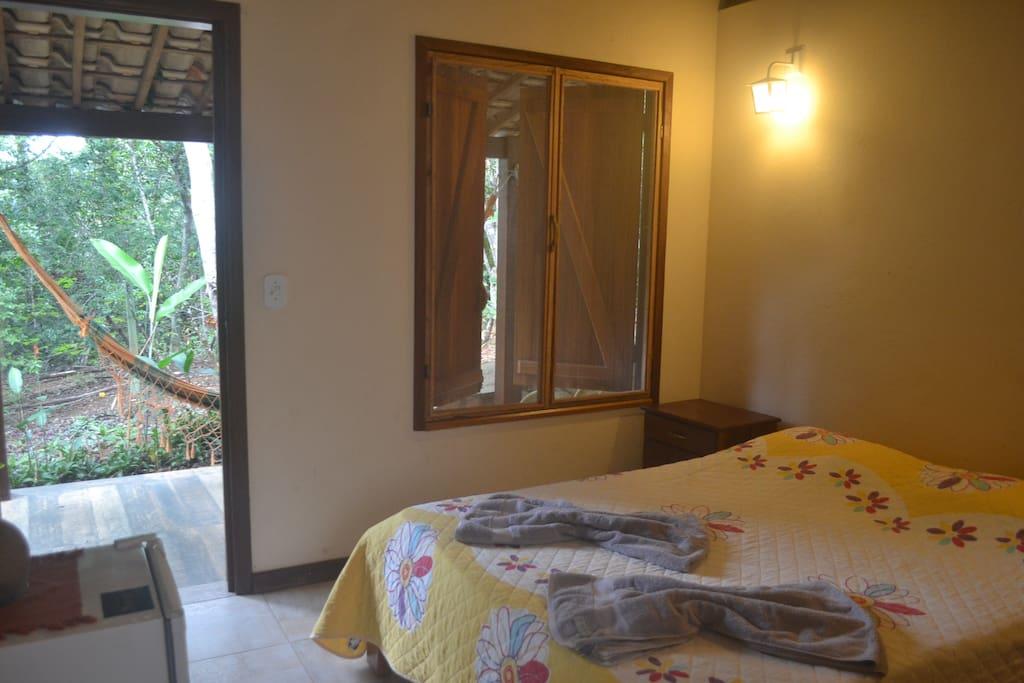 Suite com varanda separada da casa!