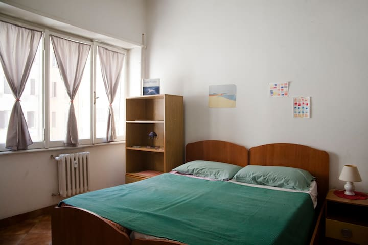 Bright double room near Tiburtina Station