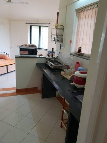 Kitchen with Gas &Microwave