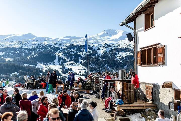 Dein Zuhause am Pistenrand – Ski In 'n' Ski Out
