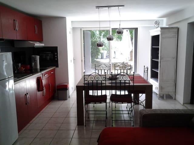 Maison avec jardin 5min de Pézénas - Aumes - House