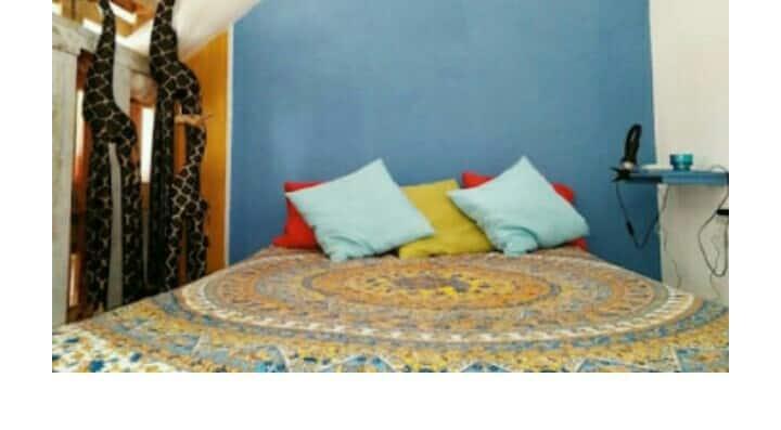 Apartamento/Loft diafano,ideal parejas,A/A ,Wifi