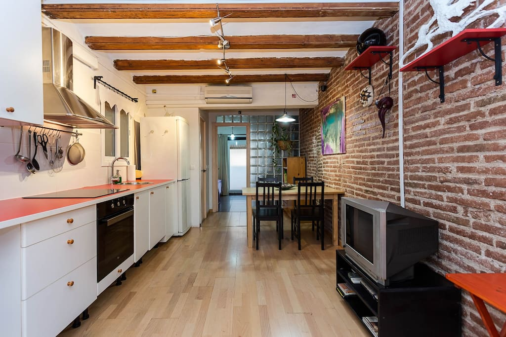 Pleasant apartment to spend your days in Barcelona